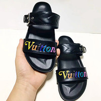 LV 2019 new wave quilted flat bottom sandals