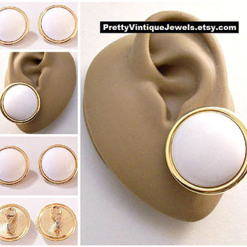 Monet White Button Clip On Earrings Gold Tone Vintage Smooth Rolled Raised Rim Edge Large Domed Center Lucite Bead