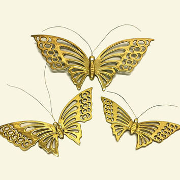 Brass Butterfly Wall Decor Set of 3 Graduating Size Large Vintage Boho 3d Wall Hanging Art Retro 70s Monarch Butterflies Moth Flying Insect