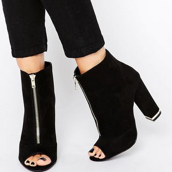 New Look | New Look Zip Detail Heeled Ankle Boot at ASOS