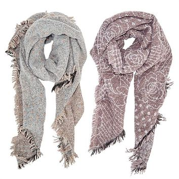 TWO'S COMPANY REV SUPR SOFT FLWR PTTRN SCARF ASSORTED COLORWAYS