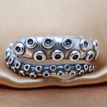 Vintage Octopus Tentacle Ring - 925 Sterling Silver Edition