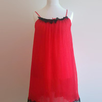 Red pleated vintage nightgown - black lace trim babydoll nightie - swishy nylon nightdress -  pin up retro night gown