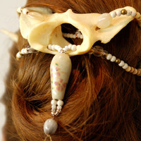 Natural bone hair accessory, clip, antler, roe, deer, coyote, vertebra, vertebrae, haar, celtic, pagan, gypsy, beads