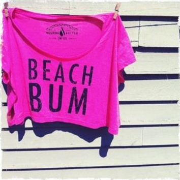 Bourne Better — Beach Bum Crop Top / Fuchsia