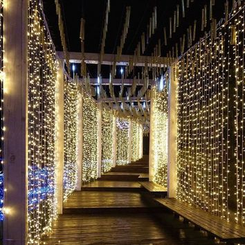 "Curtain String Light 600 LEDs Remote Control Indoor Wedding Home Garden Party Decor  (6 x 3 meters) (236"" x 118"" inches)"