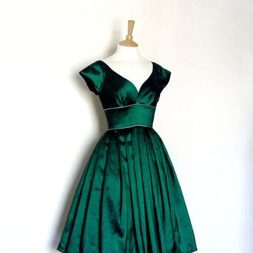 Size UK 8 (Us 4-6) Emerald Taffeta Prom Dress with Cap Sleeves and Silver Piping - Made by Dig For Victory