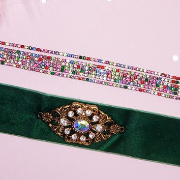 'HOLIDAY PARTY APPROVED' Choker Set