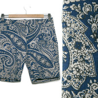 Vintage Paisley Shorts~Size Small/Medium~Waist 30~60s 70s Style Boho Floral Low Waisted Blue Black White Unisex Linen Shorts