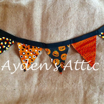 Halloween fabric banner. Garland. Bunting. Swag. Pennant banner. Photography prop. Backdrop. Newborn photo prop. Halloween decor