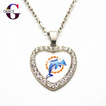 1pcs Fashion Miami Dolphins Football Sports Charms Heart Crystal Necklace Pendant With 50cm Chains For Women Men Diy Jewelry