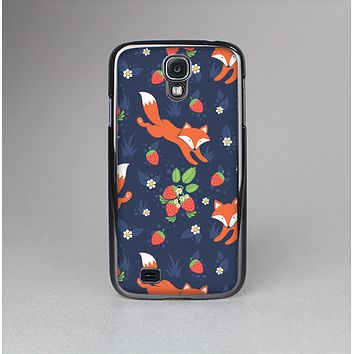 The Running Orange & Navy Vector Fox Pattern Skin-Sert Case for the Samsung Galaxy S4