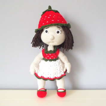Crochet stuffed doll strawberry kids toys baby shower home decor girls gift ideas amigurumi dolls decorations collectible art dolls organic