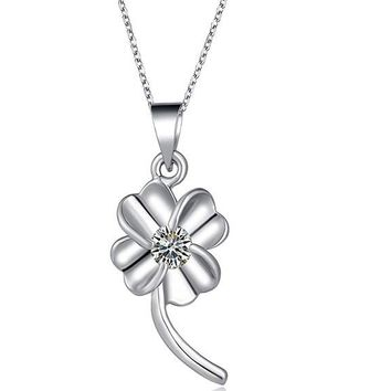 Trendy white Clover Fashion Design Metal Link Chain Long Necklace