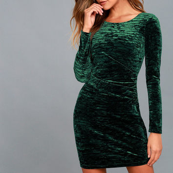 In a Gleam Forest Green Velvet Long Sleeve Bodycon Dress