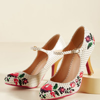 Sass With Flying Colors Heel in Ivory | Mod Retro Vintage Heels | ModCloth.com