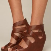 Pela Criss Cross Wedge