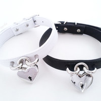 Safe Heart Choker ( no spikes )