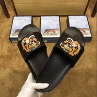 GUCCI Tiger Embroidery Slipper Sandals Shoes for Womens Mens Summer Gift