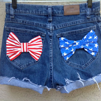 Stars and Stripes Bows High Waisted Patriotic studded Shorts 28 waist size 6