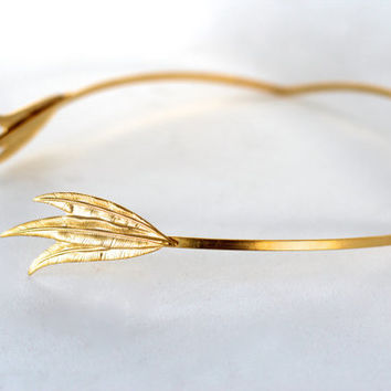 Triple Leaf Greek Goddess Headband, Goddess Crown, Golden Roman Wreath, Bridal Hair Accessories, Bride Tiara, Rear Headband, Gold Leaves