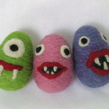 Needle Felted Monster Plush Easter Egg - Girl Monster - Eco-Friendly Wool Toy - Easter Decoration