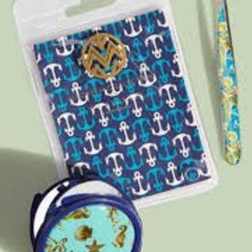 Macbeth Collection Compact & Tweezers ~ Sea Life ~ Starfish, Seahorse & Shells