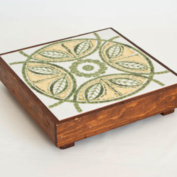 Vintage Cutting Board, 1970's Ceramic Tile Cheese Board, Trivet Hot Plate, Wood Prep Board, Made in Italy