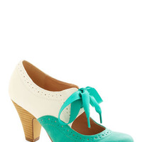 Chelsea Crew Vintage Inspired Book Signing Soiree Heel in Teal