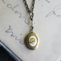 Daydreams Tiny Locket
