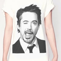Robert Downey Jr T Shirt Iron Man Wink Face Women Short Sleeve T Shirts White Tee Shirts Men Shirts Women Unisex T-Shirt Size M L XL