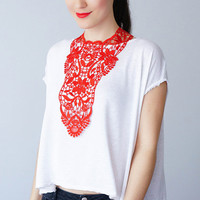 Red Necklace Venise Lace Necklace Lace Jewelry Bib Necklace Statement Necklace Body Jewelry Lace Fashion Fashion Accessory / ERCOLA