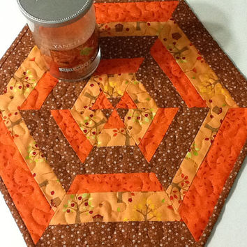 Quilted Autumn Hexagon Tabl Topper, Fall Candle Mat, Quiltsy Handmade