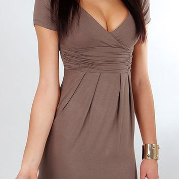 Coffee Colored Short Sleeve Pleated Dress