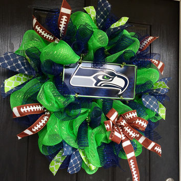 Seattle Seahawks mesh wreath, Seattle Seahawks deco mesh wreath, Seahawks wreath, Seahawks decor