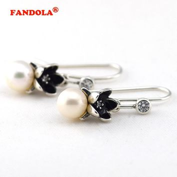 Floral Earring with White Freshwater Cultured Pearls and Clear Cubic Zirconia and Black Enamel 925 Sterling Silver Jewelry