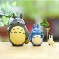 3pcs/lot Miyazaki Hayao My Neighbor Totoro PVC Mini Figures Toys Cute Totoro With Leaf Action Figure Model Toy for Kids Gift