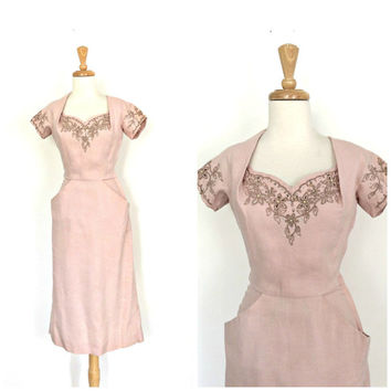Vintage 1950s Wiggle Dress - linen dress - light pink - beaded cocktail dress - Moygashel - pink wedding dress - xs small