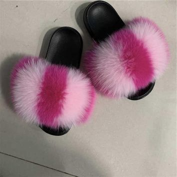 Lityle Pinky Fox fur slides
