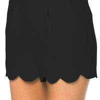 Make Me Wanna Scalloped Shorts - Black