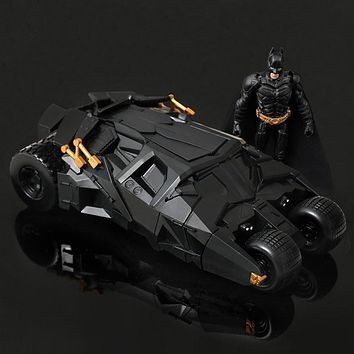 HOT!Genuine DC Batman chariot model the Dark Knight rises with the action figure toy car Batman Tumbler Batmobile Toy  Christmas