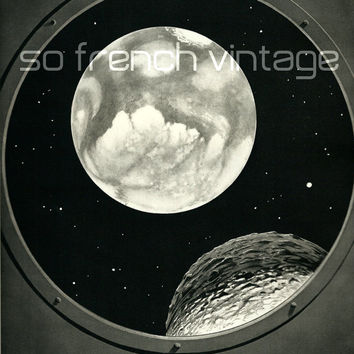 1937 Mars from a spacecraft window, Antique Print Astronomy Planets, Midcentury Sciences, Black and White Drawing