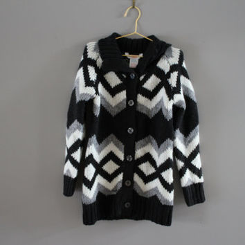 Toddler black and white knit cardigan pattern knitted coat knitted tunic or dress fits 4 - 5 years old