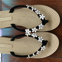 Summer  Comfortable Flip Flops With Flowers with  Metal Decoration Detail