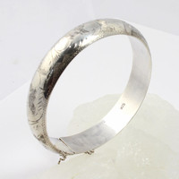 Vintage Sterling Silver Bangle // Engraved // Marked 925 // Beautiful Detailing