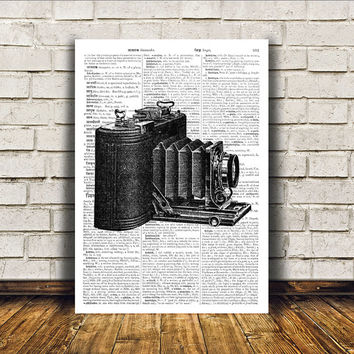 Modern decor Vintage camera poster Antique art Retro print RTA48