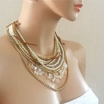 Bohemian Wedding Necklace - Boho Bride Pearl Necklace - Gold Bridal Jewelry - Country Weddings Necklace  - Chunky Bridal Necklace