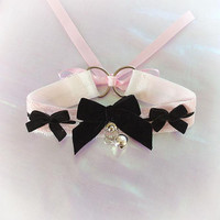 Kitten Pet Play Cat Collar Choker Necklace Pink White Lace O Ring Bell Black Velvet Bow Kitty Cute pastel goth Lolita Neko BDSM DDLG