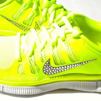 Nike Free Run 5.0+ Shoes - NEON YELLOW - Volt / Medium Base Grey / Summit White - Beda