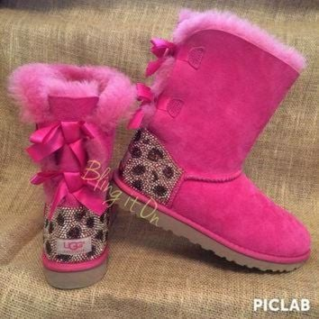 ICIK8X2 Bailey Bow Blinged Ugg boots